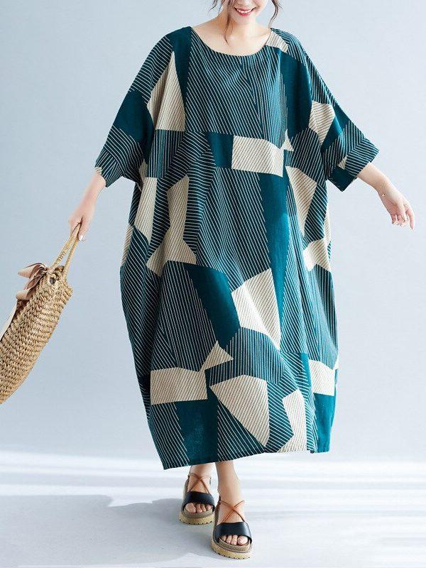 Платье оверсайз с геометрическими узорами