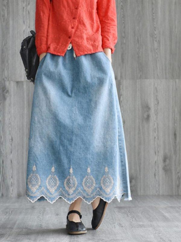 Джинсовая юбка с вышивкой : 2 цвета