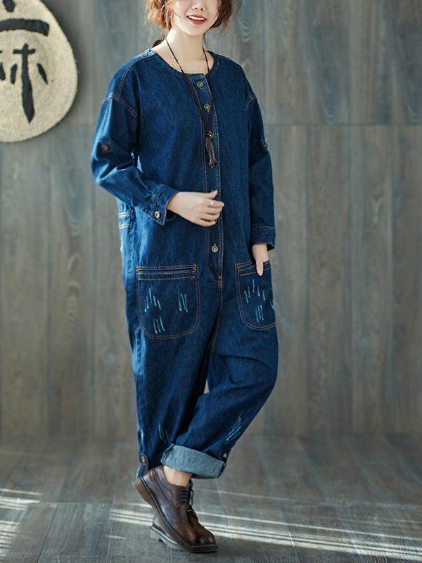 Джинсовый комбинезон в стиле сафари на пуговицах и с карманами
